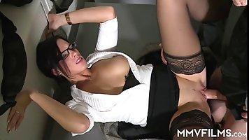 Видео секс с ливанками #2